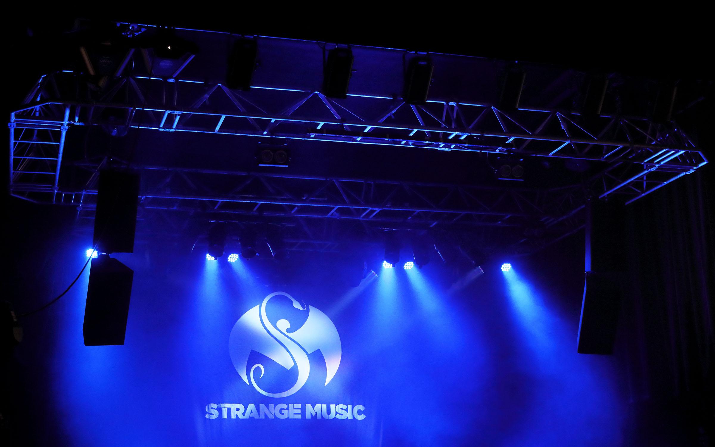 LHH-Strange-Music-live